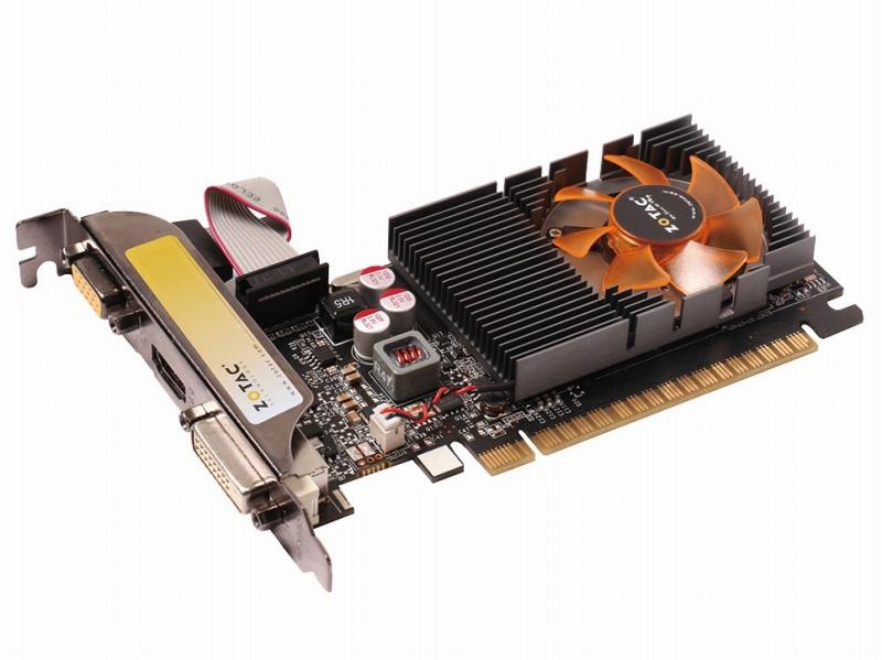 <b>NVIDIA GeForce GT 730</b><br>GeForce系の「GT」型番はゲームには向かない安価なGPUに付く。ゲームには向かない性能だが、ゲームやデスクトップを低負荷で高画質録画できる「ShadowPlay」に対応しているのがポイント