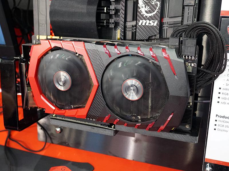 オリジナルデザインのGeForce GTX 1070。