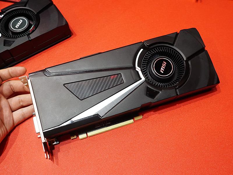 はリファレンス準拠デザインのGeForce GTX 1080も展示されていた。