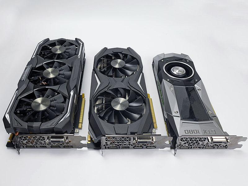 今回テストに利用したZOTACのカード。左からGeForce GTX 1080 AMP Extreme、GeForce GTX 1080 AMP Edition、GeForce GTX 1080 Founders Edition。