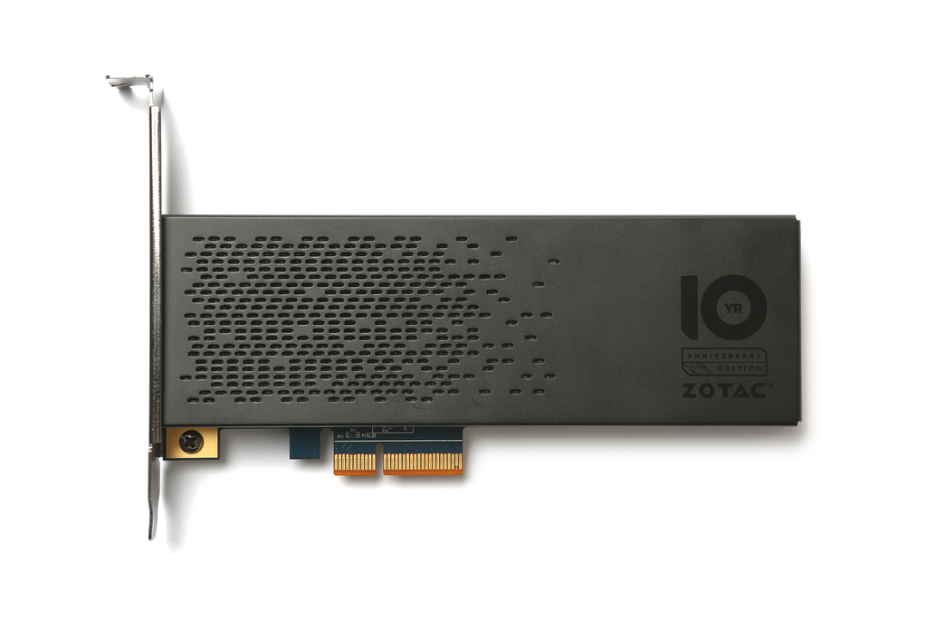 「10 Year Anniversary Edition SONIX SSD」
