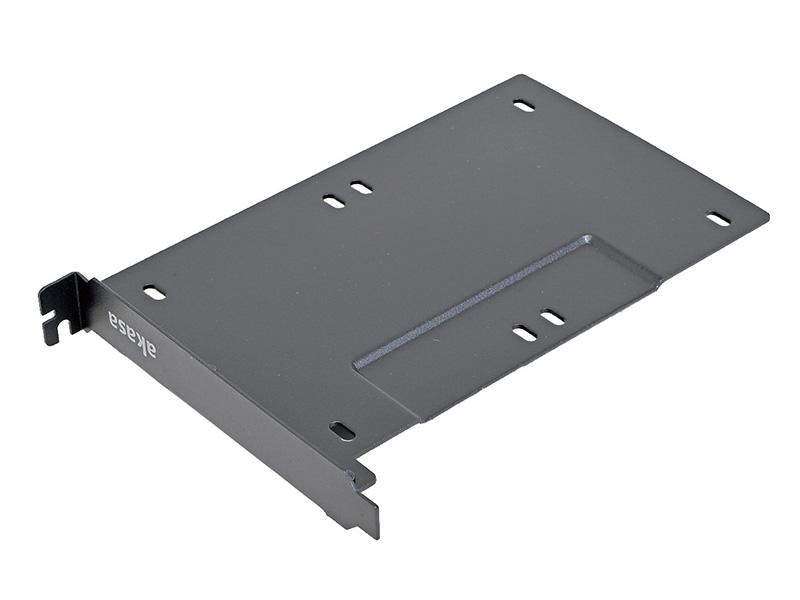 <b>アイネックス<br>リアスロット用SSD/HDDマウンタ2台用 AK-HDA-10BK<br>実売価格:実売価格:1,000円前後</b><br>1基の拡張スロットに、2基の2.5インチデバイスを搭載できるスチール製のアダプタ