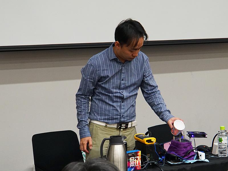 Nick Shih氏は極冷OC時の設定方法などを解説