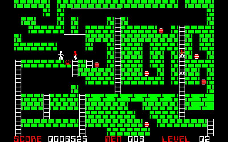 PC-8001mkII版は色数の制限があるので金塊が金塊に見えませんが、プレイヤーや敵ロボット、穴を掘るといった動きの滑らかさには驚かされたものです。