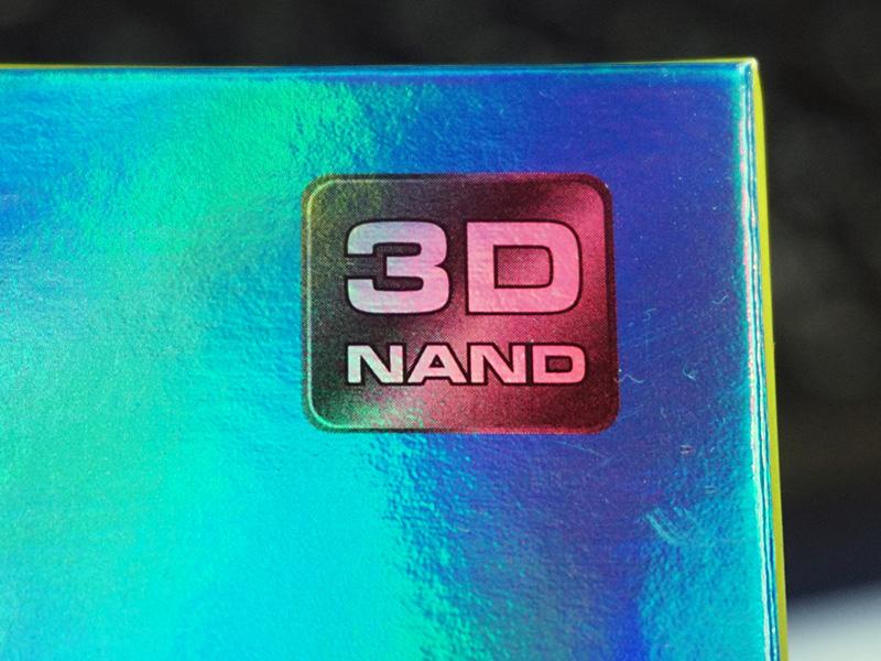 3D NAND採用