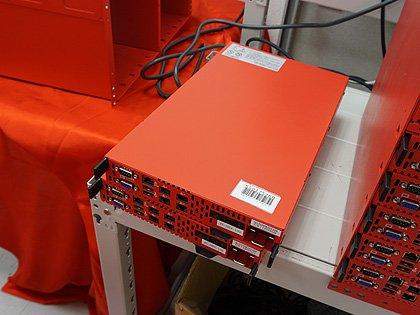 """Core i5搭載の""""真っ赤な1/4Uサーバー""""がセール中、価格は税込4,980円"""