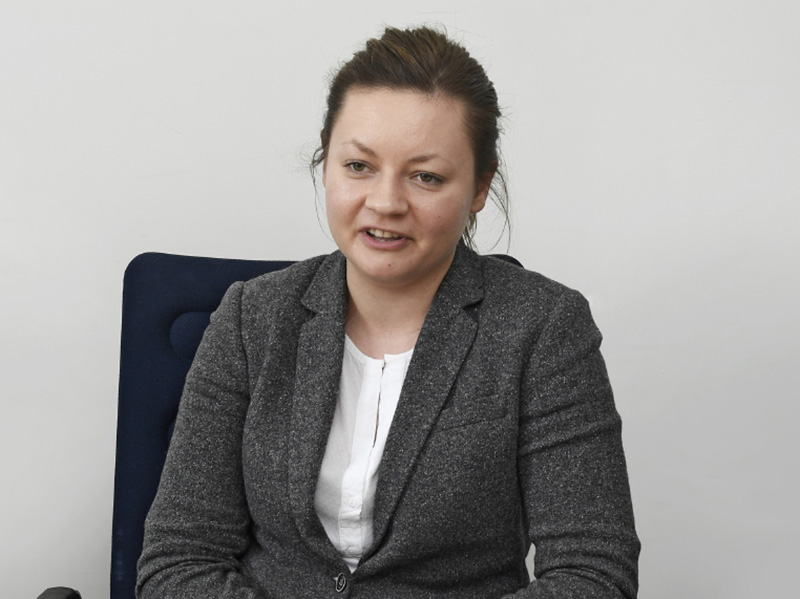 <b>Wilk Elektronik SSD Product Manager<br>Ada Kaźmierczak氏</b><br>SSDのプロダクトマネージャー。欧州を中心に活躍する同社の沿革や製品の特徴などをていねいに紹介してくれた