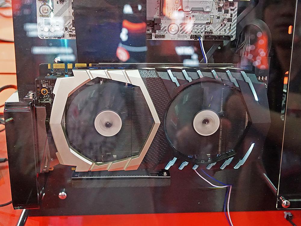 GeForce GTX 1070 Tiを搭載した「GeForce GTX 1070 Ti Titanium」。日本での発売予定はないとのことだ