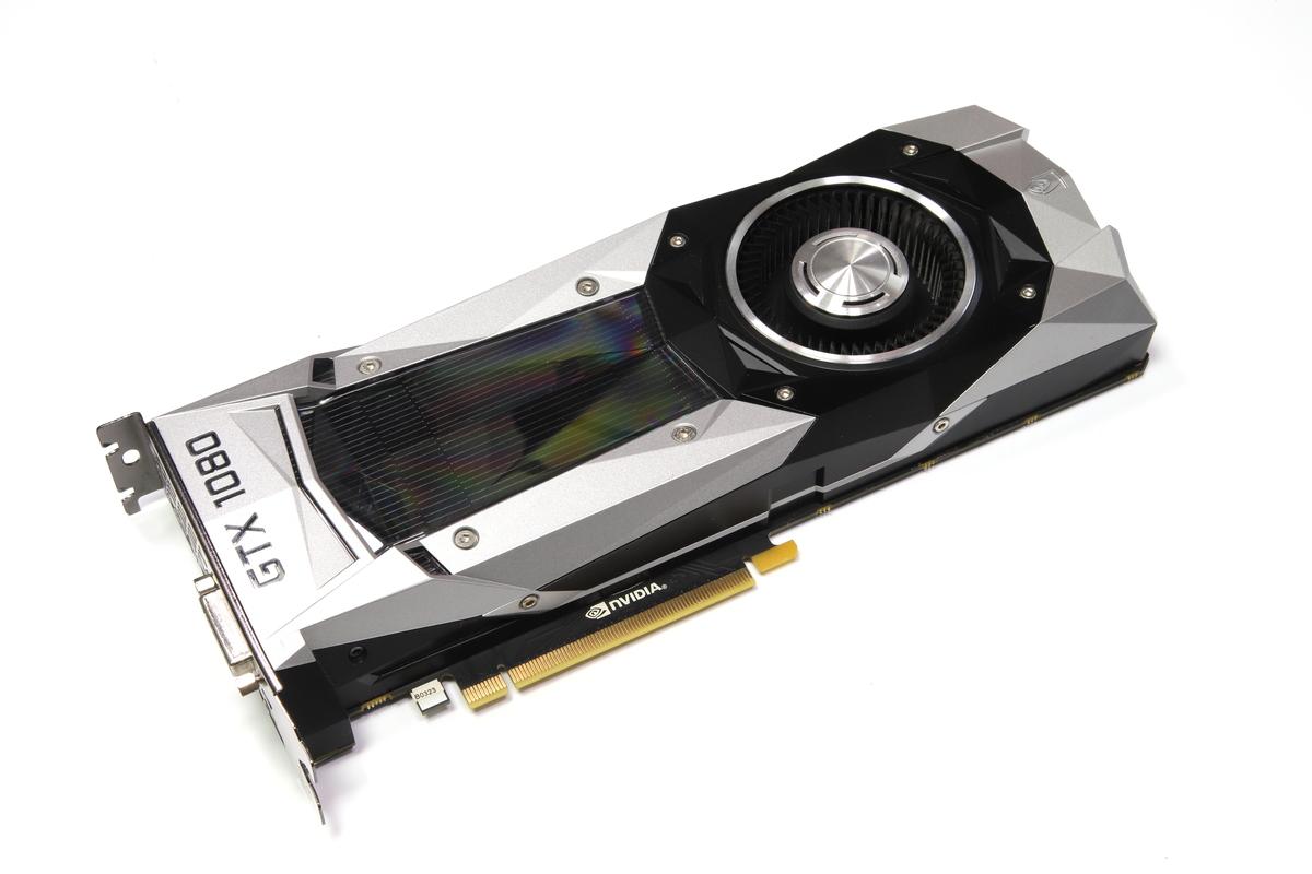 ハイエンドGPUであるGeForce GTX 1080のFounders Edition。VRAM容量は8GB。