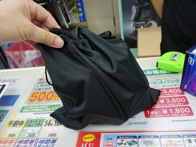 Core i9-9900Kは黒い巾着袋入り