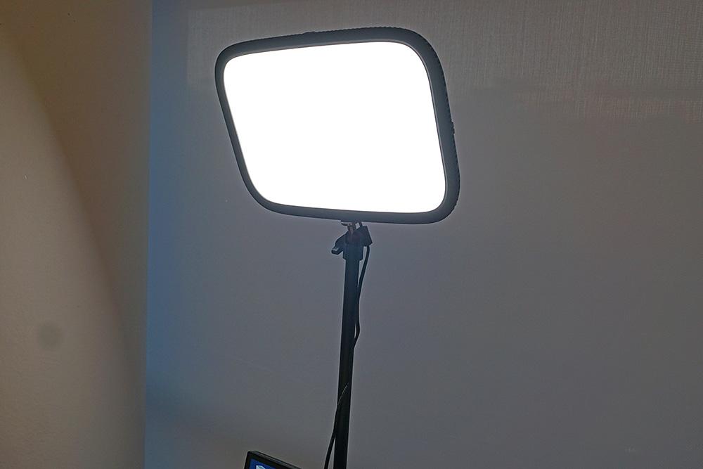 LED照明機器「Key Light」