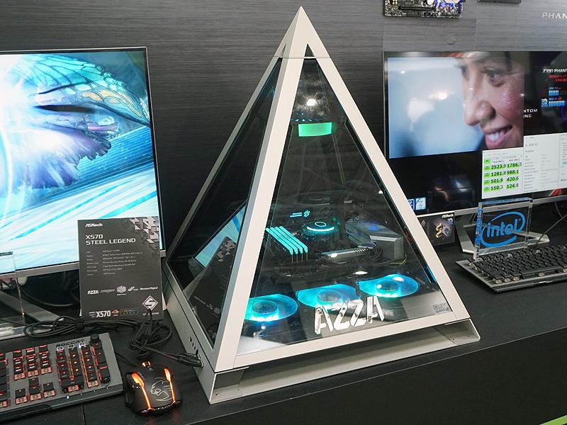 MOD PCではないが、ピラミッド型ケース「AZZA Pyramid」を使ったデモ機も