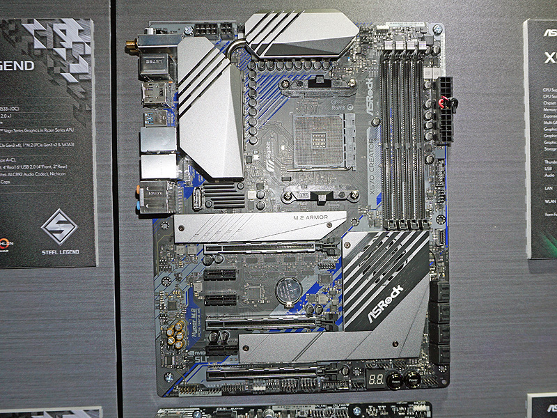 クリエイター向けをうたうX570搭載ATXマザーボード「X570 Creator」。新ブランドの製品で、高機能だがゲーミング向けとは異なり、装飾用LEDは一切装備していない