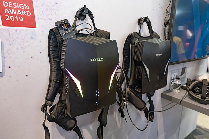 VR用バックパックPCの次世代モデル「VR GO 3.0」。現行モデルからスペックを強化しており、CPUはCore i7-9750H、GPUはGeForce RTX 2070を搭載する