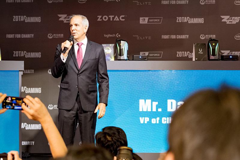 IntelのDavid McCloskey氏(VP of Client Computing Sales)