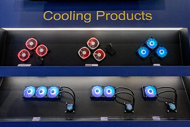 PCケースと電源以外で今後力を入れていきたい分野としては、水冷クーラーが挙げられていた
