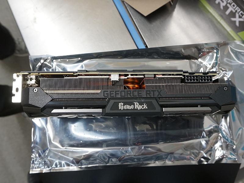 写真はPalit GeForce RTX 2070 SUPER GRP