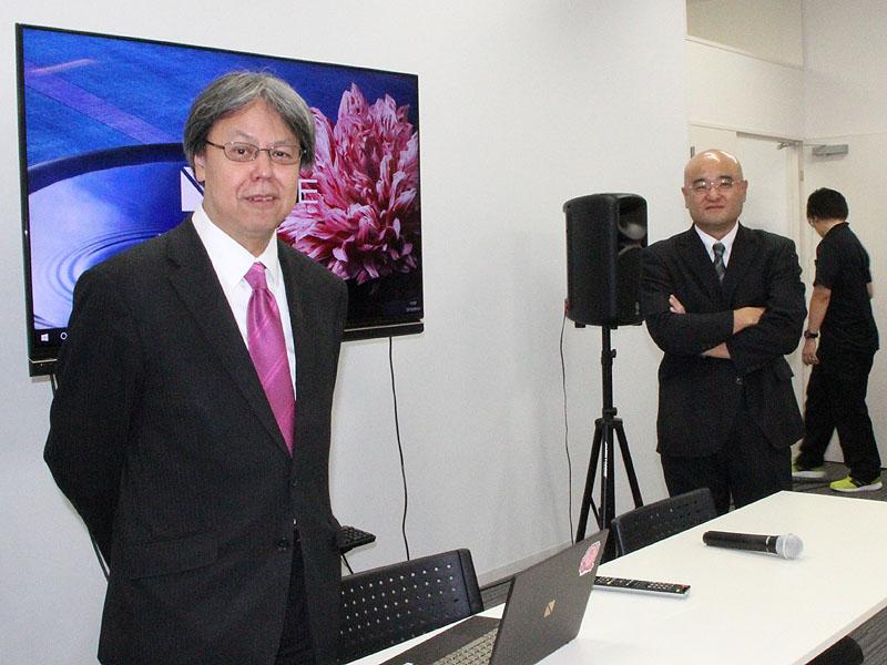 所長の三津原敏氏(写真左)とディレクターの郡司照幸氏