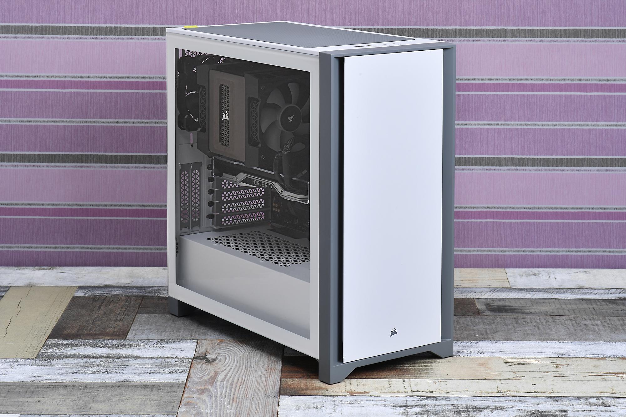 4000D Tempered Glassで白×黒のツートンカラーで光らない玄人好みのPCを組んでみた。