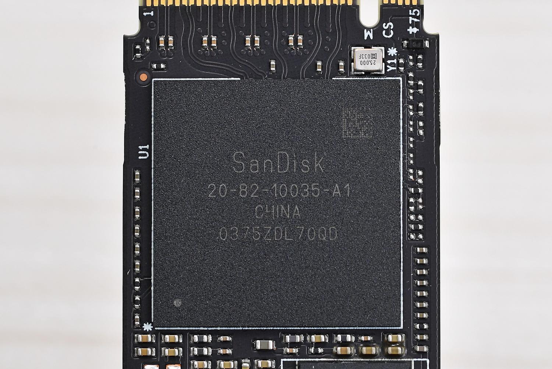 SN850に搭載されているコントローラ「WD_Black G2コントローラ」。自社設計のインハウスコントローラで詳細仕様は未公開