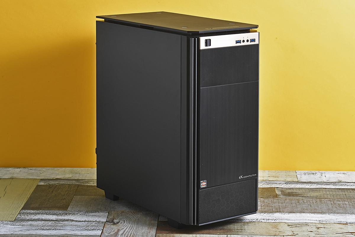 ストレージ性能のテストに称したツクモのPCワークステーションWA9A-G200/WTをベースとしたカスタムモデル。このモデルはBTOでCPUやビデオカード、メモリのサイズ、ストレージなどさまざまなカスタムを行なえる