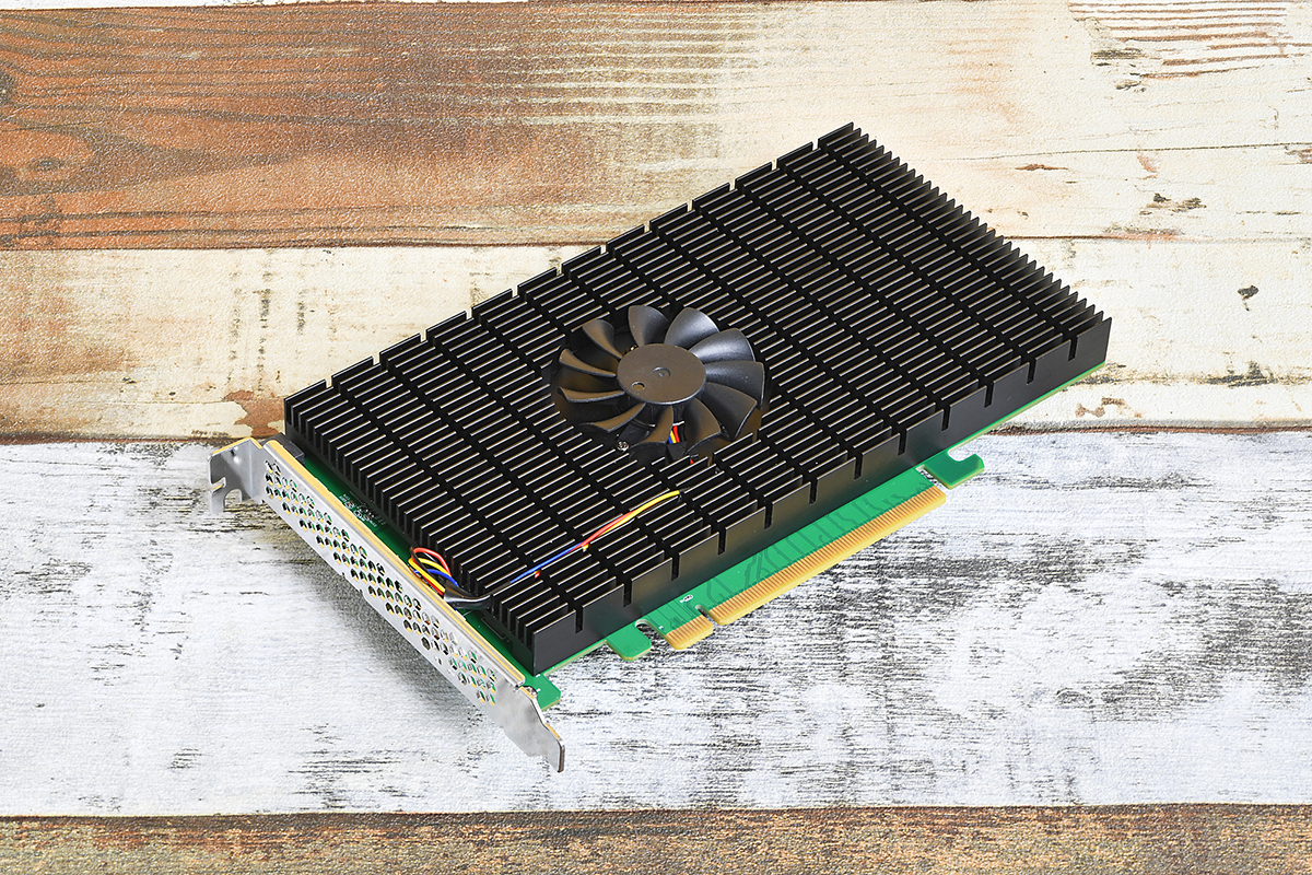 PCI Express 4.0対応のHighPoint TechnologiesのRAIDカード「SSD7505」