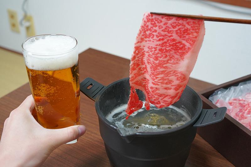 口の中に残った脂をビールで流し込むのが最高です
