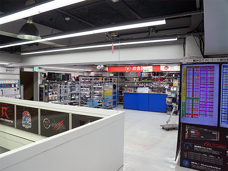 16日(火)時点のパソコン総合館 2階の様子