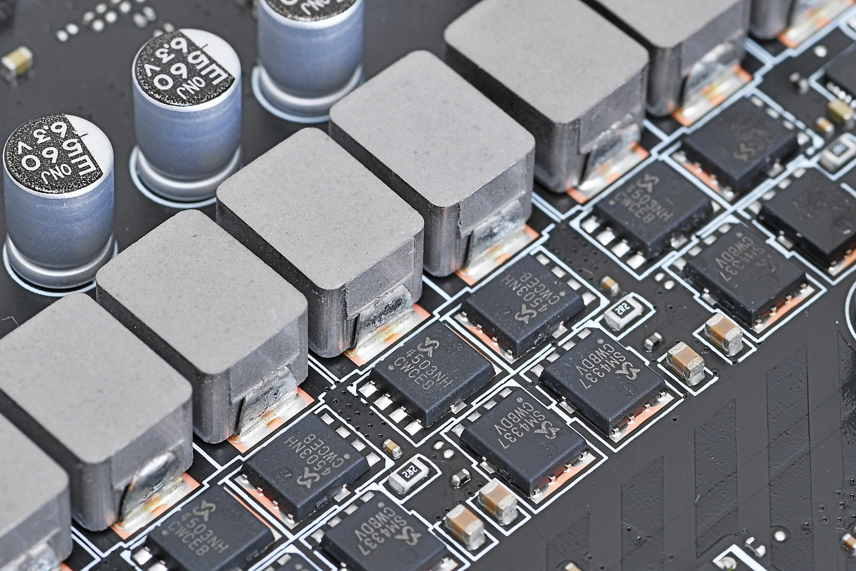 MOSFETはSinopower Semiconductorの「SM4337」と「SM4503」