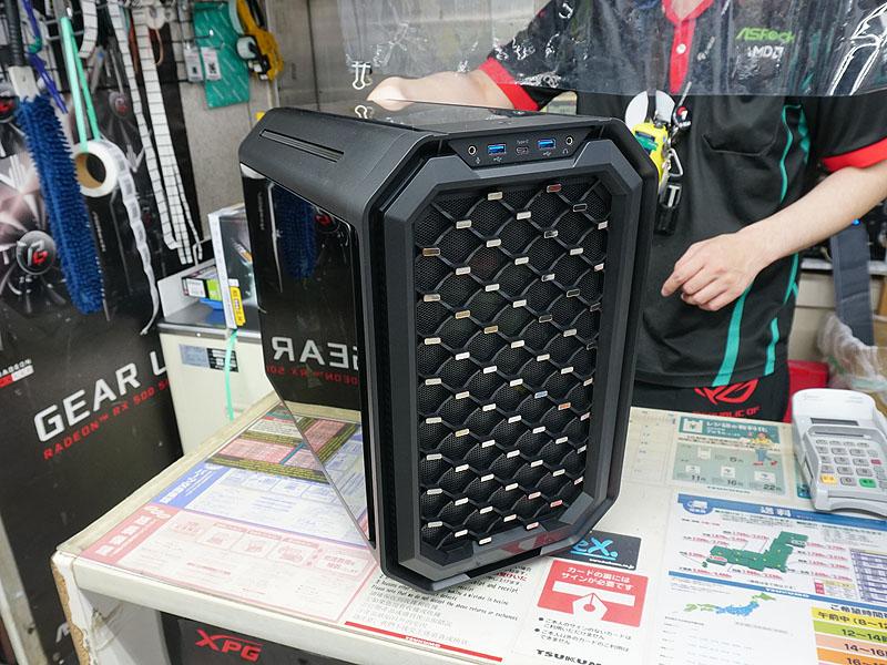 Antec「Dark Cube」
