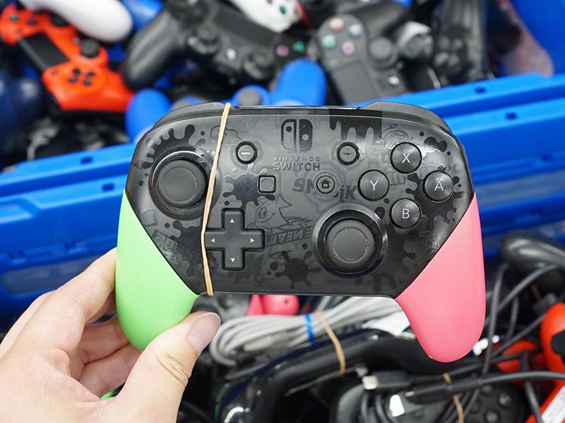 Nintendo Switch Proコントローラーは3,300円