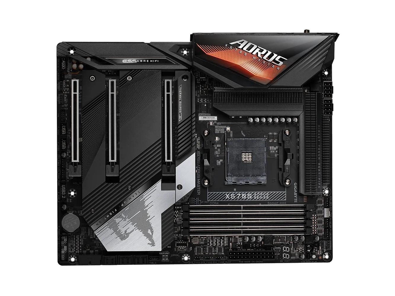 AMD X570搭載のハイエンドマザーボード「X570S AORUS MASTER」。ヒートシンクのデザインが一新され大幅にイメージが変わった