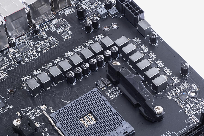 12+2フェーズの電源回路。CPU専用が12フェーズ