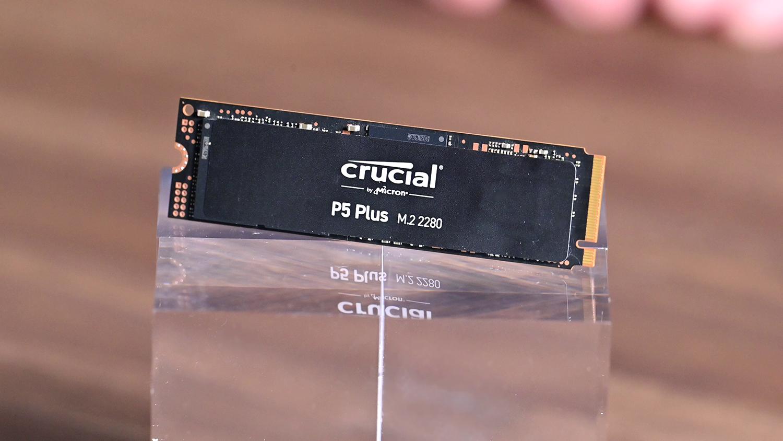 MicronのPCI Express 4.0対応NVMe SSD「Crucial P5 Plus」