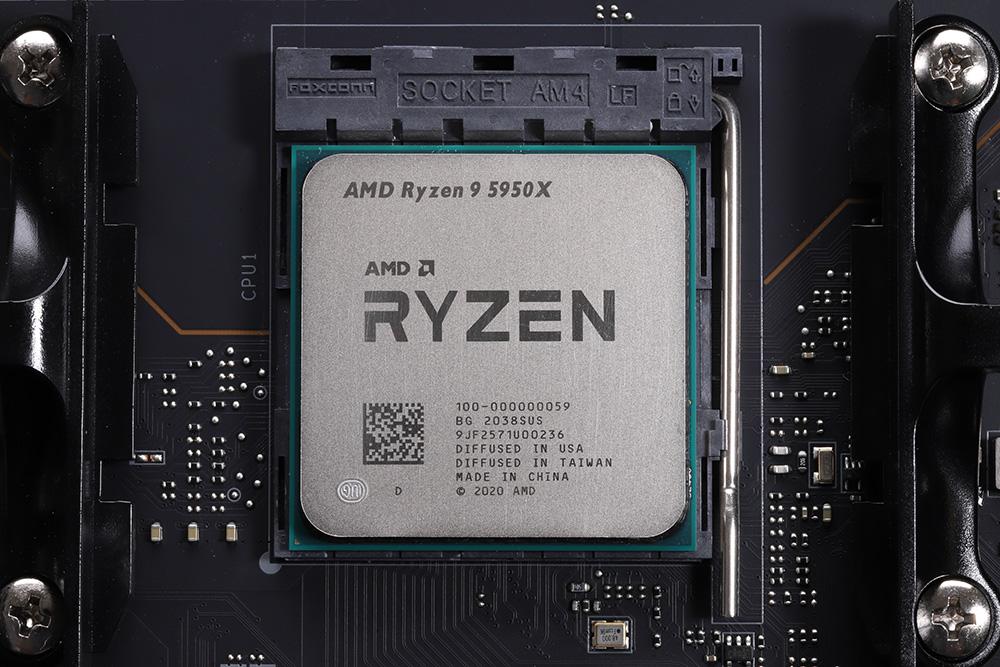 現行Ryzen最上位の16コアモデルRyzen 9 5950Xを使用し、iCUE H170i ELITE CAPELLIXの冷却性能を確認。