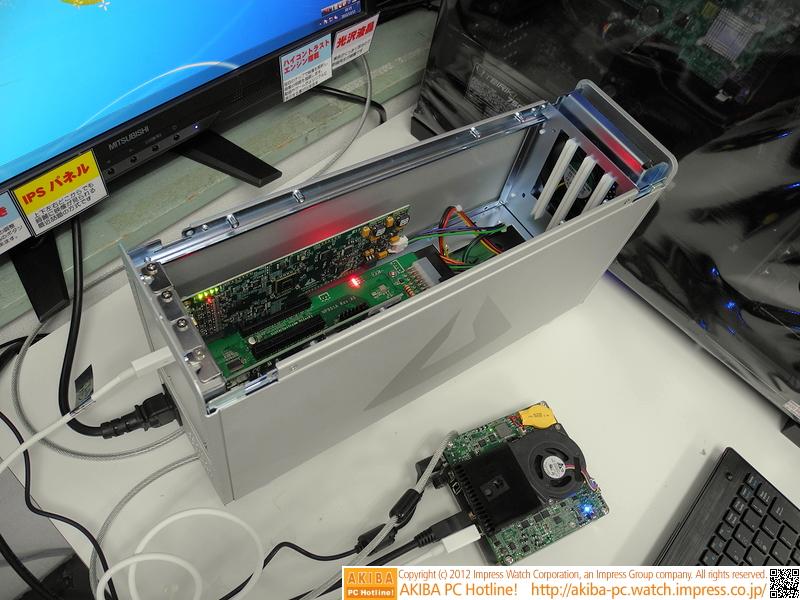 "Windows 7での動作検証の様子(<a class="""" href=""/shop/at/freet.html"">PC DIY SHOP FreeT</a>にて)"