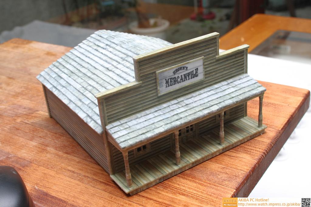 これも石膏モデル。おそらく出力できる最大モデルに近いものだ
