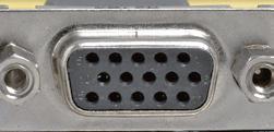 アナログ出力用のDsub 15ピン端子