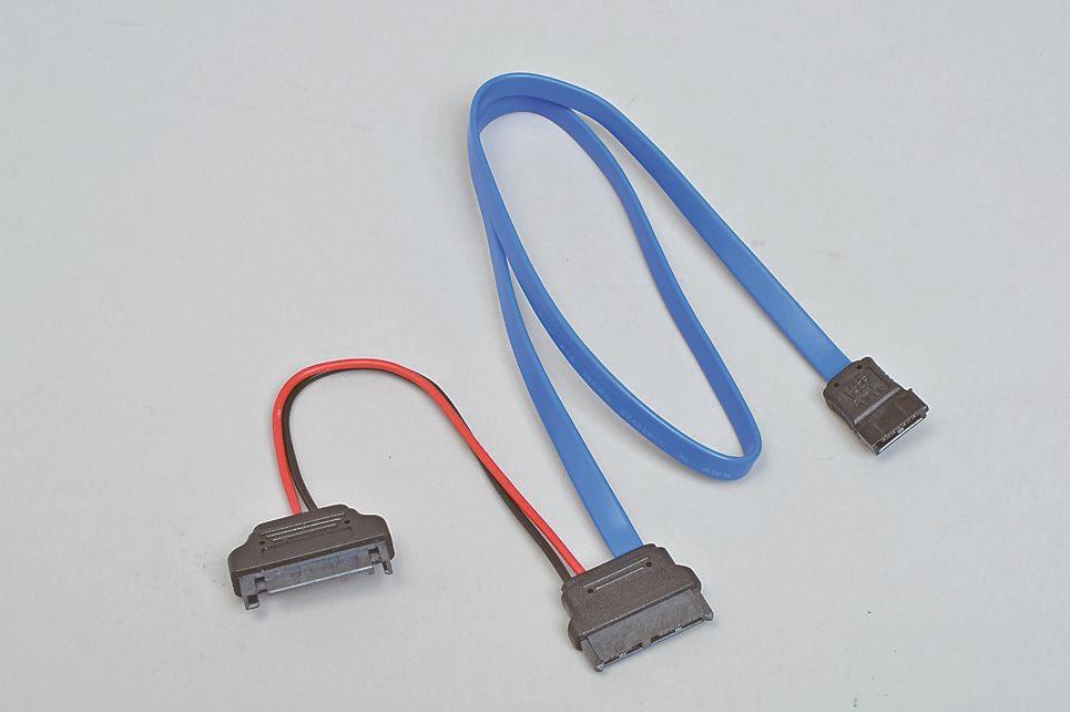 """<strong class="""""""">接続にはSlimline SATAケーブルが必要</strong><br class="""""""">スリム光学ドライブに付属していない場合は、別途ケーブルを購入する必要がある。購入時はケーブルの長さにも注意しよう"""