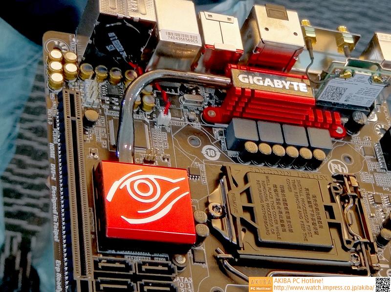 Mini-ITXモデルでもヒートパイプを使ったヒートシンクを採用している