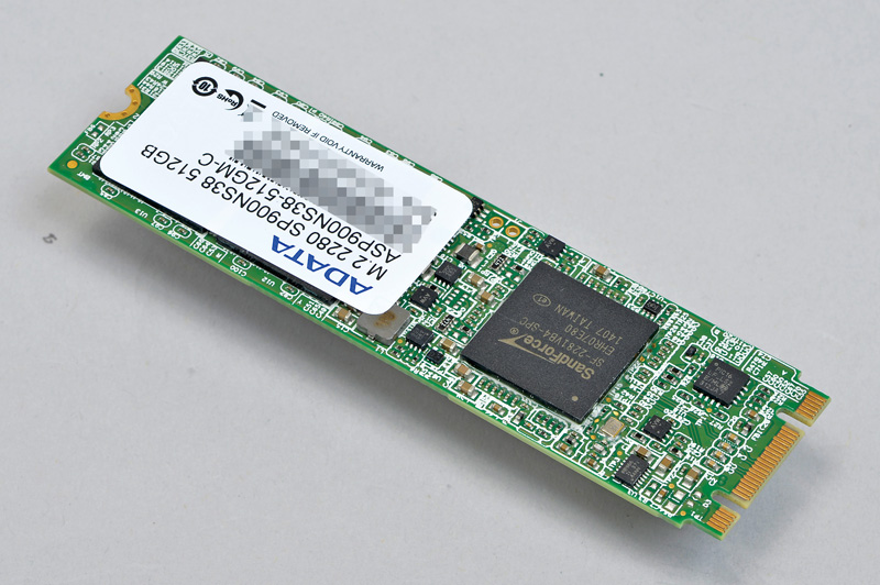 ADATA Technology Premier Pro SP900 M.2<br>M.2 2280版より短い2242版もある
