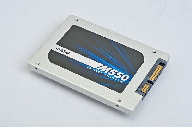 Micron Technology Crucial M550<br>データの壊れにくさにも注力した設計