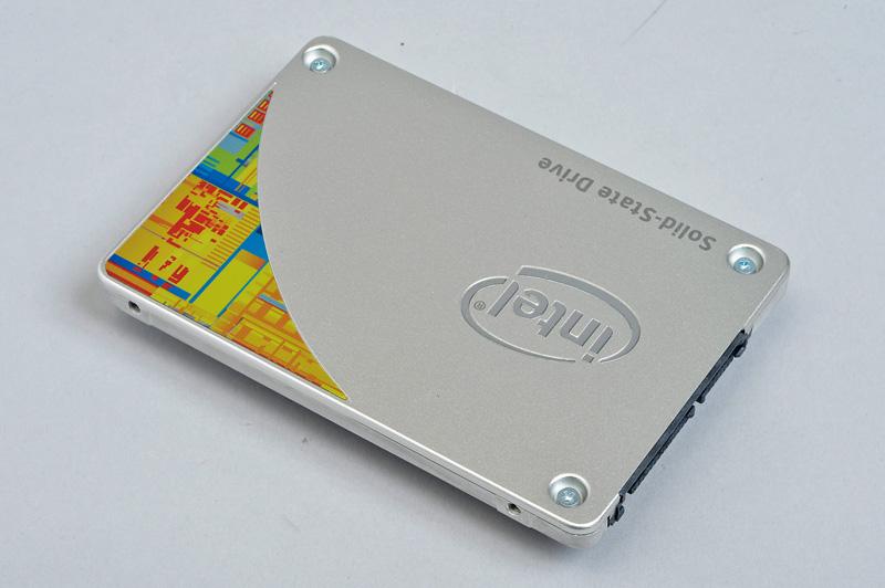 Intel Solid-State Drive 530<br>人気のIntel製メインストリーム向け