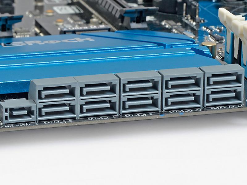 """【接続はこのポート】<br class="""""""">マザーボードには必ずあるSerial ATAポートに接続。SATA ExpressポートでもOK"""
