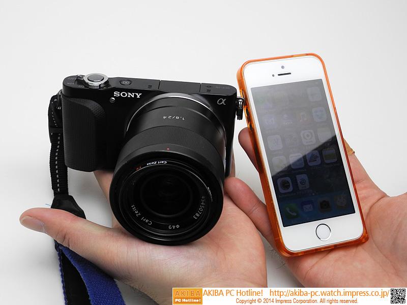 """【担 当】<br class="""""""">新製品、漫画(編集)ほか<br class="""""""">【使用機器】<br class="""""""">ソニー NEX-3NL(デジカメ)<br class="""""""">Apple iPhone 5s(スマートフォン)"""