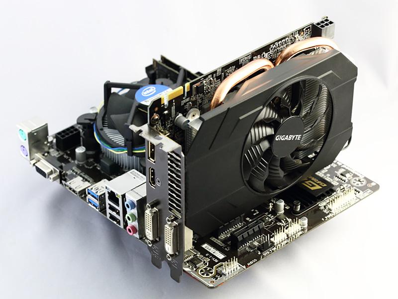 基板長170mmのカードサイズは、Mini-ITXやmicroATXに好適。GIGABYTEはGV-N960IXOC-2GDについて、小型ゲーミングPCの自作にはもちろん、ホームシアターPC向けにも最良であるとしている。