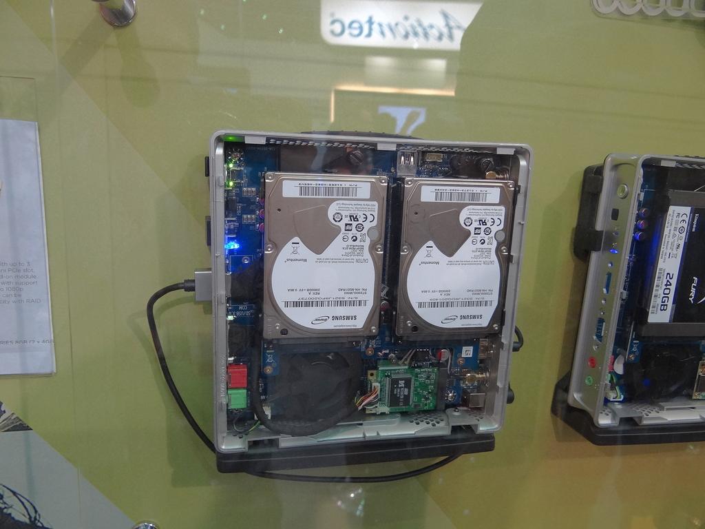 2台のHDDをRAID 0で運用中