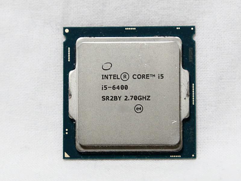 4コアCPUのCore i5-6400。映像編集用のPCであれば、最低限4コア以上のCPUを搭載したい。