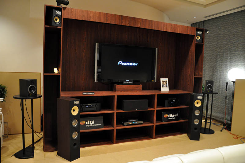 DTSはシアタールームでDTS-HD Master Audioをアピール