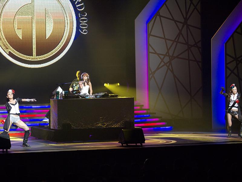 企画・アルバム・オブ・ザ・イヤーの洋楽部門を「DJ KAORI'S RAGGA MIX」で、ザ・ベスト・ミュージック・ビデオを「DJ KAORI'S INMIX DVD」で獲得した、DJ KAORI